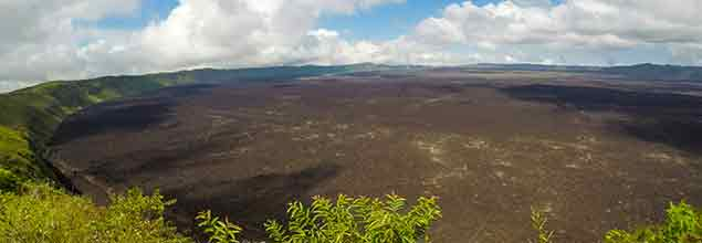 sierra negra volcano crater's border, panoramic view